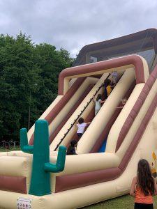 structure gonflables jeux enfants